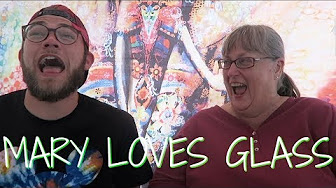 Arend Richard A SESH WITH MARY LOVES GLASS AT HEMPFEST