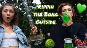 CosmicCloudz420 Nature Sesh Taking Bong Rips - Stoner Girl Smoke Sesh