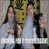 NameLess Stoners CAN MY GIRLFRIEND OUT SMOKE ME ?! **11 MINUTE HOTBOX**