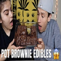 NameLess Stoners WE MADE POT BROWNIES FOR THE FIRST TIME !!!