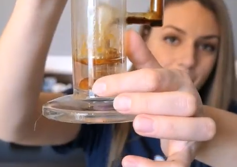 The Dab Spot Uses Klear Kryptonite Cleaner to clean her Dab Rig
